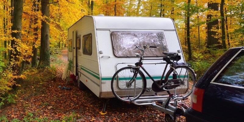 driving caravan